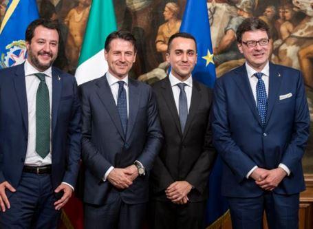 """Comincia la crisi:  Salvini non è più il solo """" padrone"""" della politica italiana – di Giancarlo Infante"""