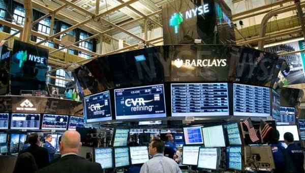 Boom dei mercati azionari nel 2019, ma c'è chi teme che una crisi sia pronta a scoppiare prima del voto Usa